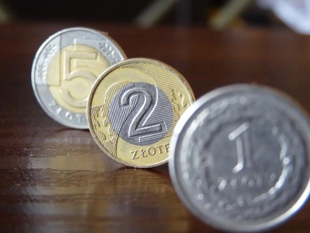 Oszczędności Polaków to ponad 1 bln zł