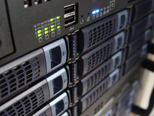 W jakich sytuacjach przydaje się serwer dedykowany?