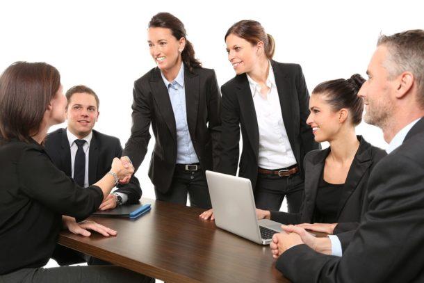 Jakie obiekty są odpowiednie do organizacji konferencji?
