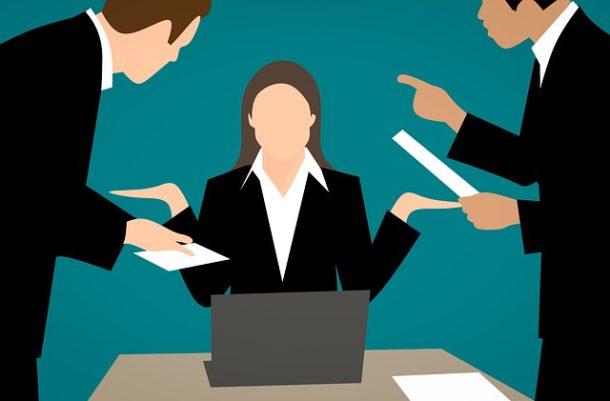 Jakie cechy osobowości wpływają na inteligencję emocjonalną managera?